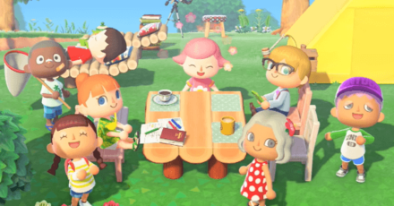 Online Play Header.png