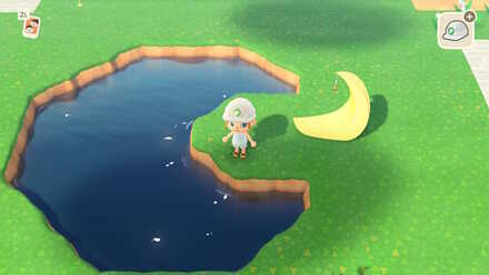 Moon-shaped pond.jpg
