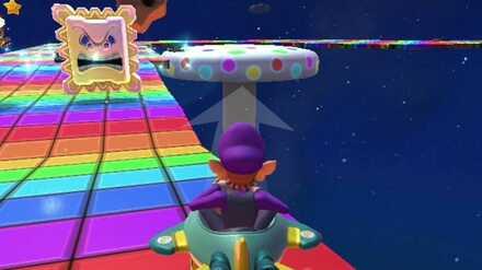 Star Thwomps (RMX Rainbow Road 1R).jpg